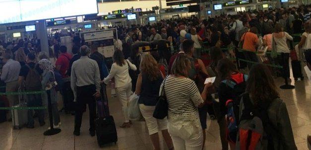 UGT solicita a AENA un acuerdo global que resuelva la problemática de los trabajadores de seguridad en los aeropuertos